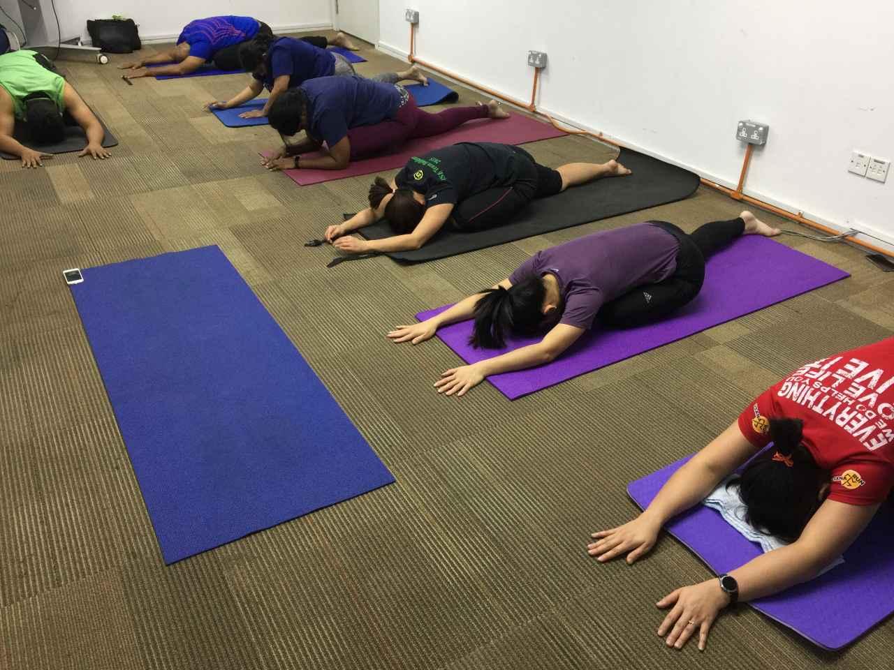 yoga dose office yoga